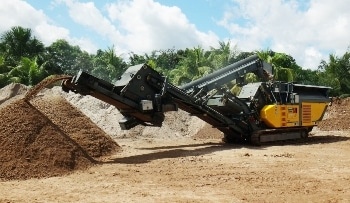 VACON® 100 X Controls RUBBLE MASTER's Compact Crushers